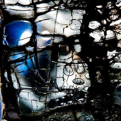 Broken Glass VI van