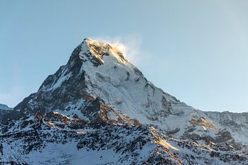 Berggipfel am Morgen von Mickéle Godderis