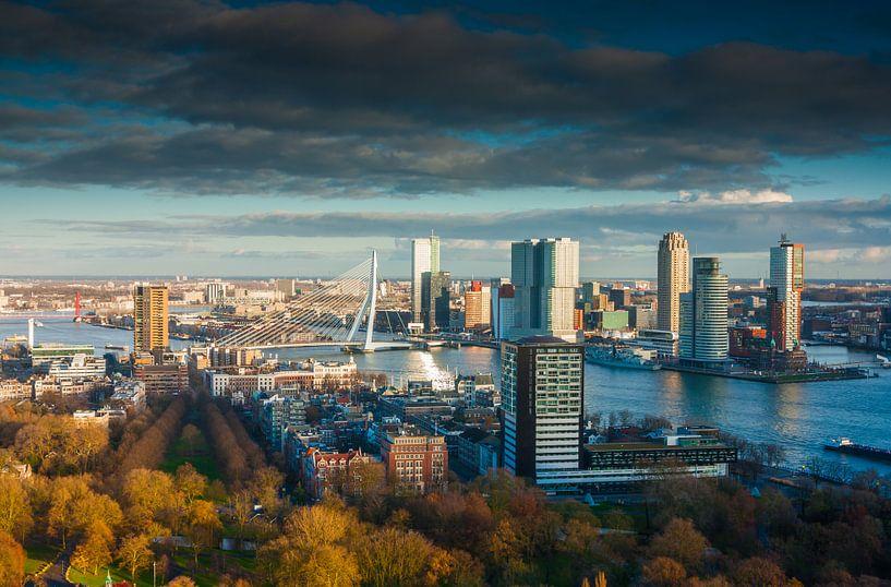 Rotterdam skies van Ilya Korzelius