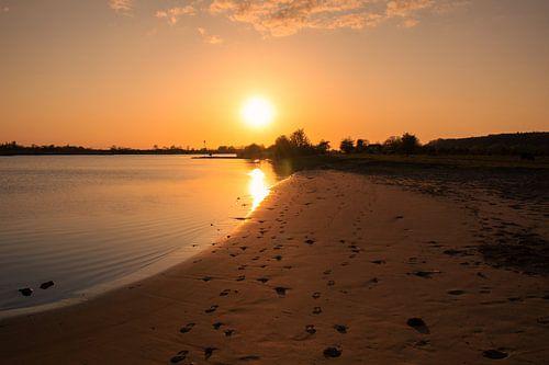 Zonsondergang bij de Rijn.