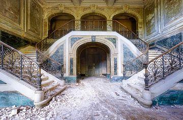 Escalier vert avec marbre. sur Roman Robroek