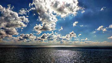 Wolken über der Nordsee van Burkhard Kohnert