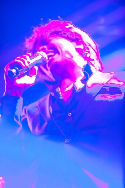 The Artist in bleu