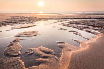 Klein strandmeer op de Rode Klif bij Kampen, Sylt van Christian Müringer