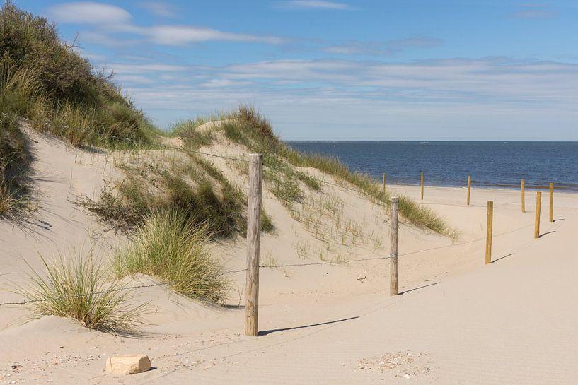 Het Strand bij Ouddorp van Charlene van Koesveld