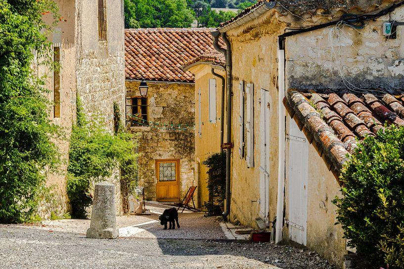 Typisch Frans straatje van Peters Foto Nieuws l Beelderiseren