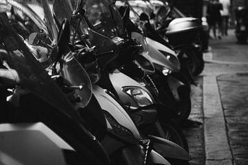 Scooter in Rom von Ben Hoedt