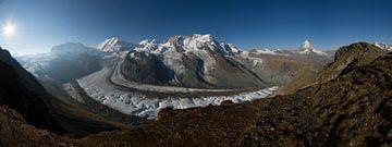 Een panorama foto van de Gornergletscher met op de achtergrond de Matterhorn van Paul Wendels