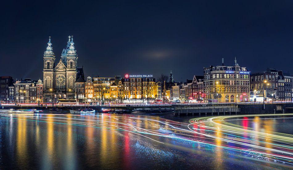 Amsterdam nachtopname van Martijn van Dellen