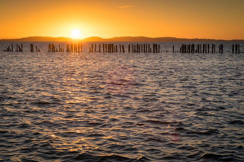 Sonnenuntergang am Bodden von Martin Wasilewski
