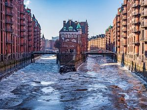 2018-03-03 Wasserschloss im  Eis von