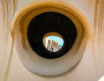 """""""The Eye"""" Casa Milà  van Henry van Schijndel"""