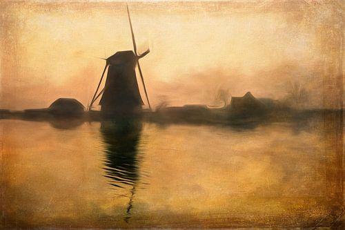 Holländische Windmühle im Morgenlicht von Arjen Roos