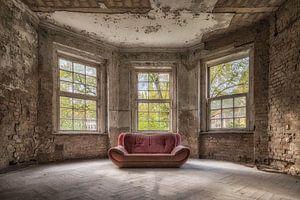The red sofa van Guy Bostijn