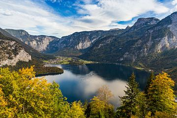 Uitzicht op de Hallstättersee, Oostenrijk van Adelheid Smitt