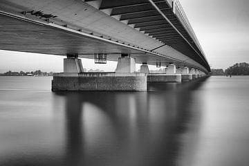 Verkeersbrug Moerdijk over het Hollands Diep von Jan van der Vlies