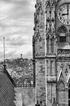 Basílica del Voto Nacional & El Panecillo von Bart Hendrix
