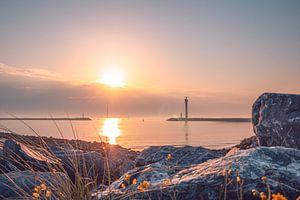 Goldener Sonnenuntergang am Ostufer in Ostende von Daan Duvillier