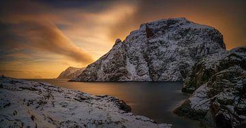 Andstabbvika sunset van Wojciech Kruczynski