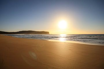 Ongerept strand 's morgens vroeg - Australië van Willemijn1712