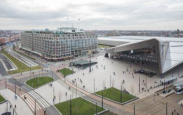 Het uitzicht op het Centraal Station in Rotterdam van