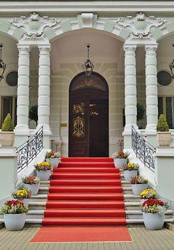Stairway to luxury von Rico Heuvel