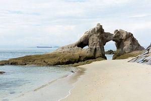 Rotsen aan het strand van