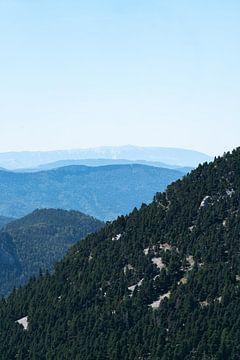 Blauwe atmosferische bergen van Robin van Steen