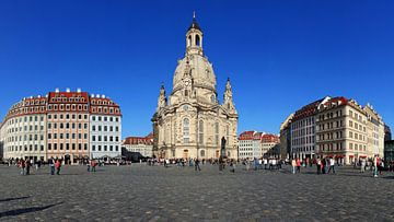 Dresden Neumarkt mit Frauenkirche von Frank Herrmann