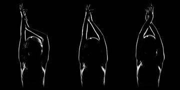 Nackte Frau, unauffällig, Triptychon
