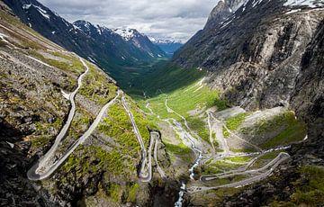Blick über Trollstigen von Dirk Jan Kralt