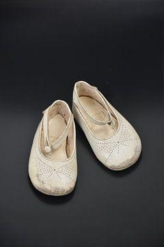 baby schoentjes van Henriette Tischler van Sleen