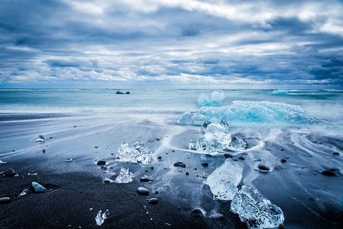 Jökulsárlón gletsjermeer in IJsland van