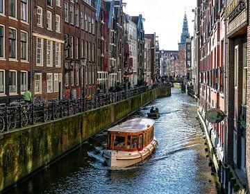 Een Amsterdamse gracht von Iris van Loon
