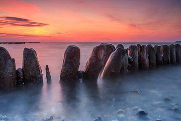 Buhnen zum Sonnenuntergang von Frank Herrmann
