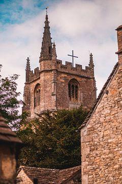 Engeland - Kerk in Castle Combe van Marco Scheurink
