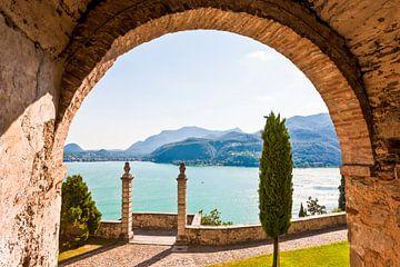 Morcote aan het Meer van Lugano in Ticino van Werner Dieterich