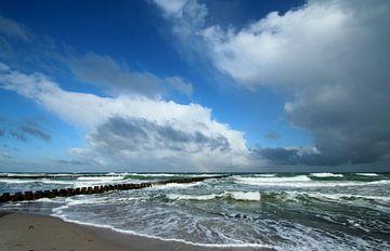Stürmisches Meer van Heike Hultsch