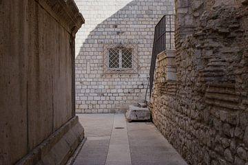 Gemütliche Gasse in Dubrovnik 2 von Kristof Ven