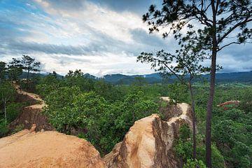 Pai Canyon Thailand van