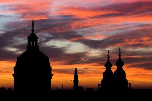 Amsterdam in vuur en vlam, silhouet