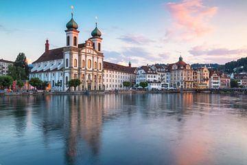 Skyline Luzern met Jezuïetenkerk