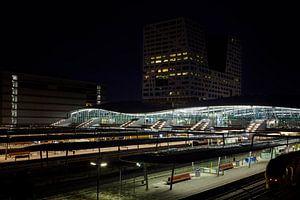 Station Utrecht bij nacht van