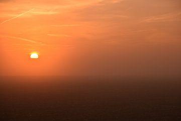 Zonsopkomst in de mist van Maarten Honinx