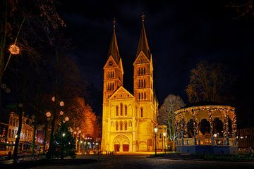Roermond by night, Munsterkerk van Carola Schellekens