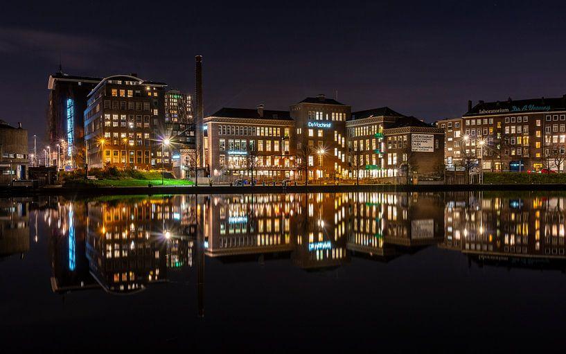Mirrored city van Jeroen Kleiberg