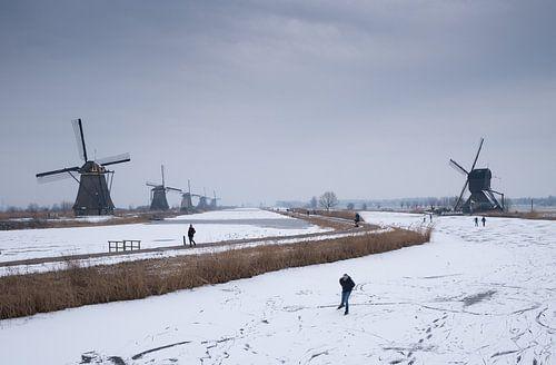 schaatsen langs de molens von Chris Es, van
