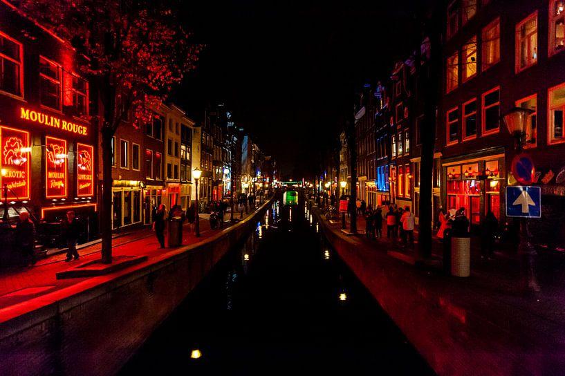 Rotlichtviertel Amsterdam von Brian Morgan