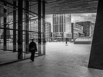 Stationplein Rotterdam van Marco de Waal
