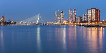 Rotterdam skyline panorama sur Ilya Korzelius